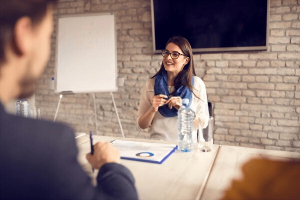 Financial Advisor In Business