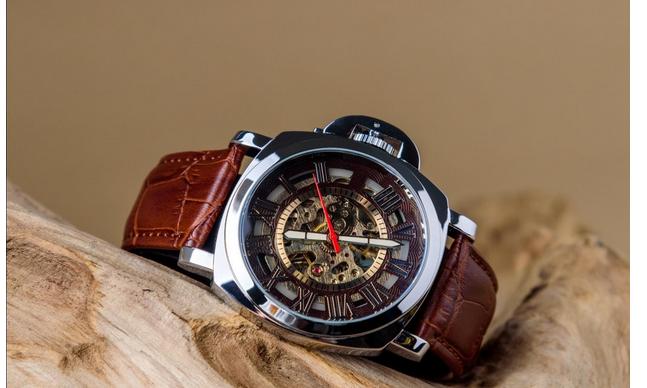 wear a watch